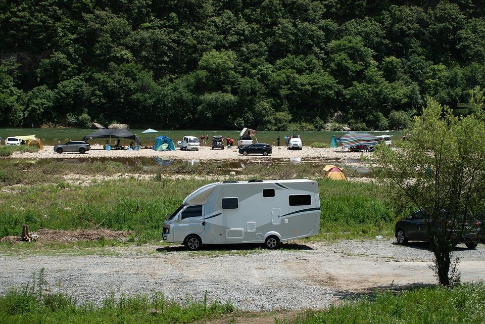 Les plus beaux campings 3 étoiles dans le Gard avec aire pour camping-car